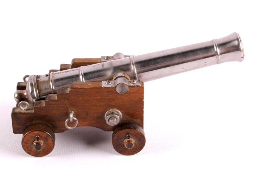 Antique Spanish Black Powder Working Signal Cannon - 8