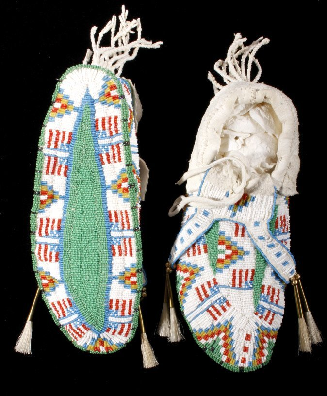 Oglala Sioux Fully Beaded Moccasins American Flag