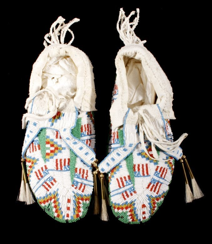 Oglala Sioux Fully Beaded Moccasins American Flag - 2