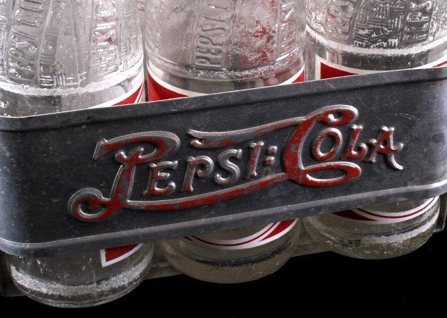 Vintage Metal Pepsi-Cola Six Pack With Bottles - 3