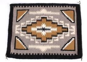 Navajo Klagetoh Pattern Wool Rug