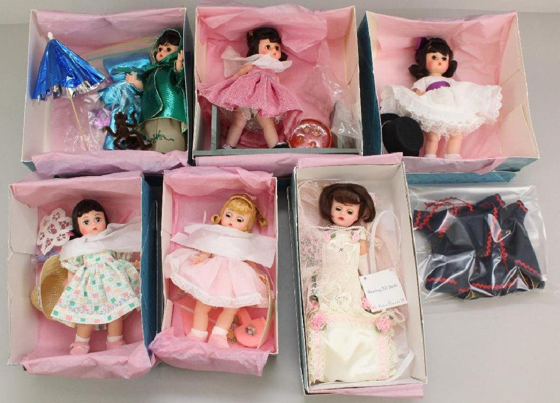 LOT OF MADAME ALEXANDER PREMIERE CONVENTION DOLLS IN