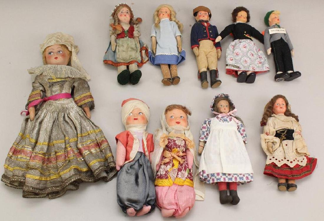 LOT OF (10) VINTAGE DOLLS FROM OTHER COUNTRIES.