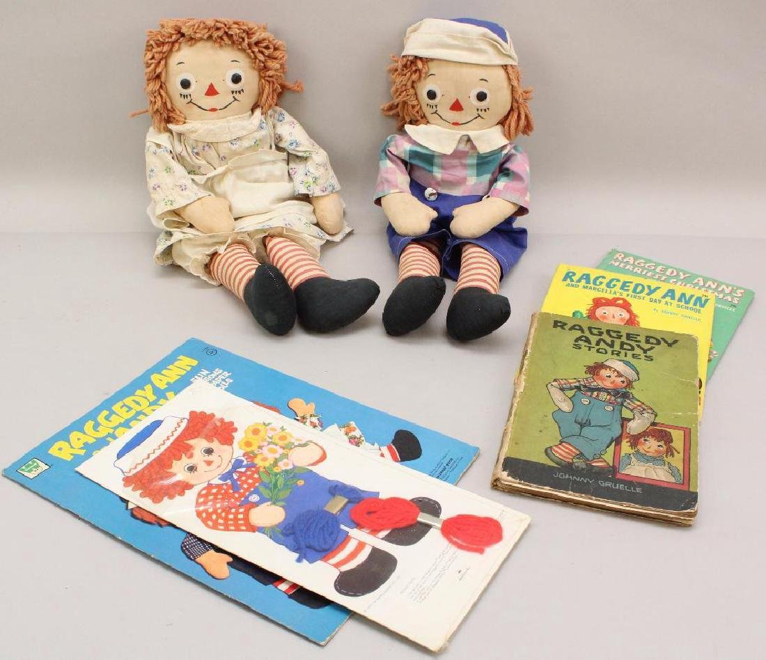 LOT OF VINTAGE RAGGEDY ANN/ANDY: PAIR OF GEORGENE DOLLS;