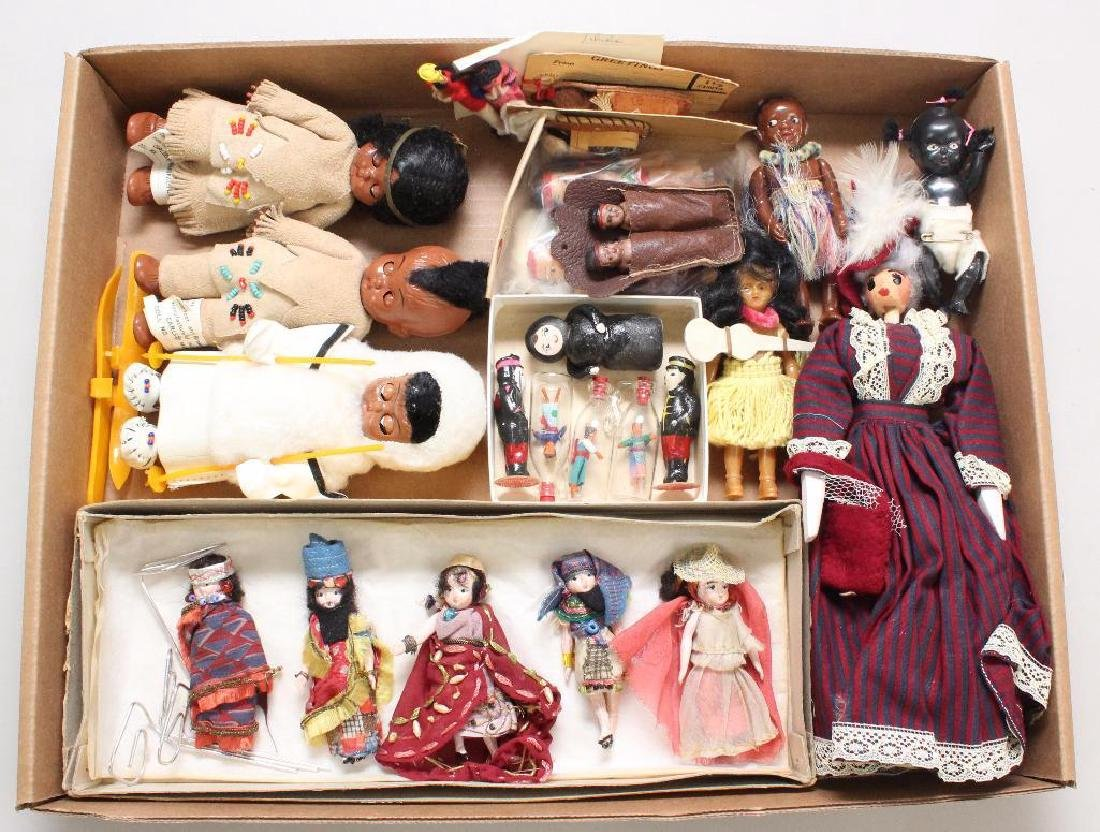 "LOT OF VINTAGE ""TOURIST"" DOLLS."