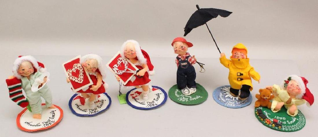 LOT OF (6) ANNALEE DOLL SOCIETY FIGURES - 1980's.