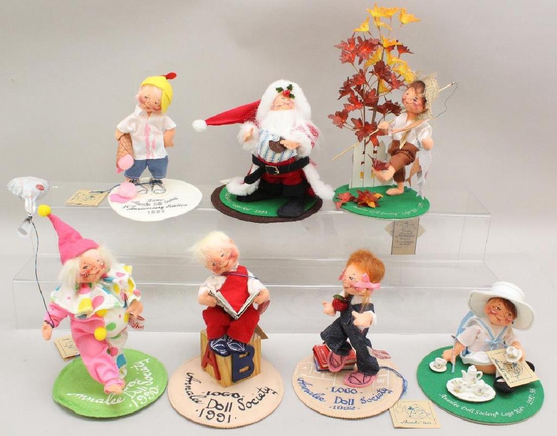 LOT OF (7) ANNALEE DOLL SOCIETY FIGURES - 1990's.
