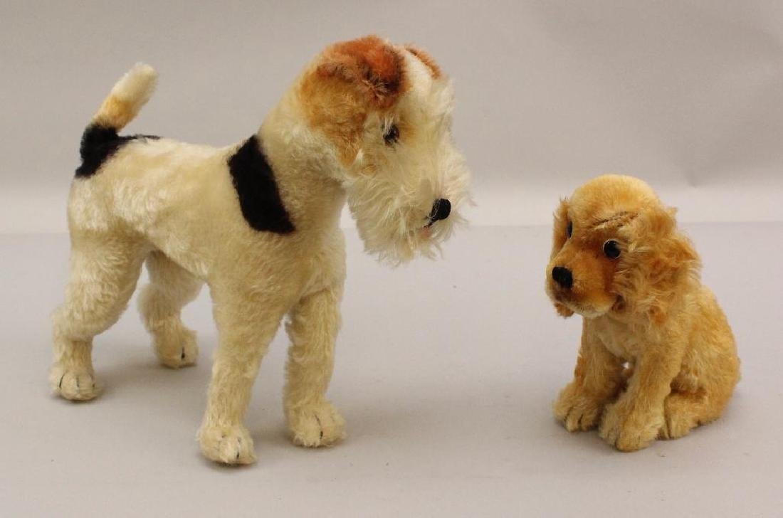 "PAIR OF UNMARKED STEIFF MOHAIR DOGS: 7"" SITTING COCKER"