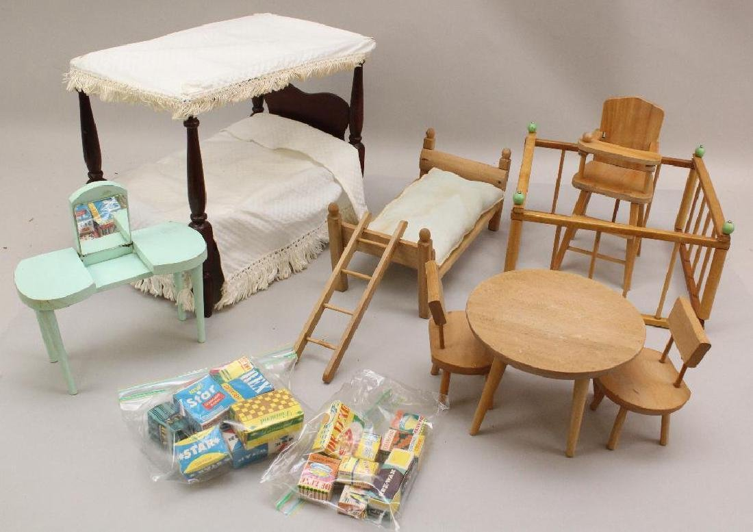 """LOT OF 1950's FURNITURE FOR 8"""" DOLLS INC. VOGUE; TOY"""