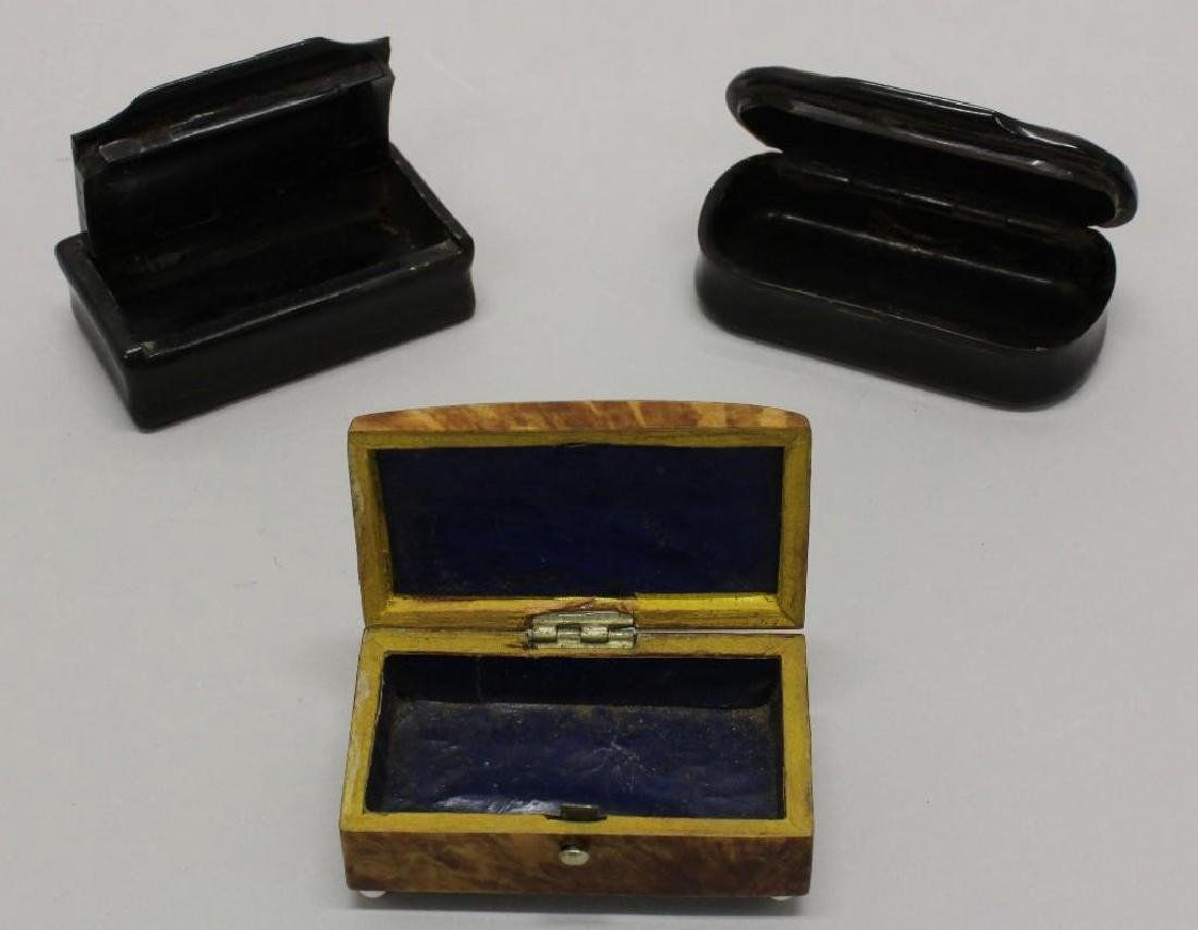 Lot of 3 Snuff Boxes - 2
