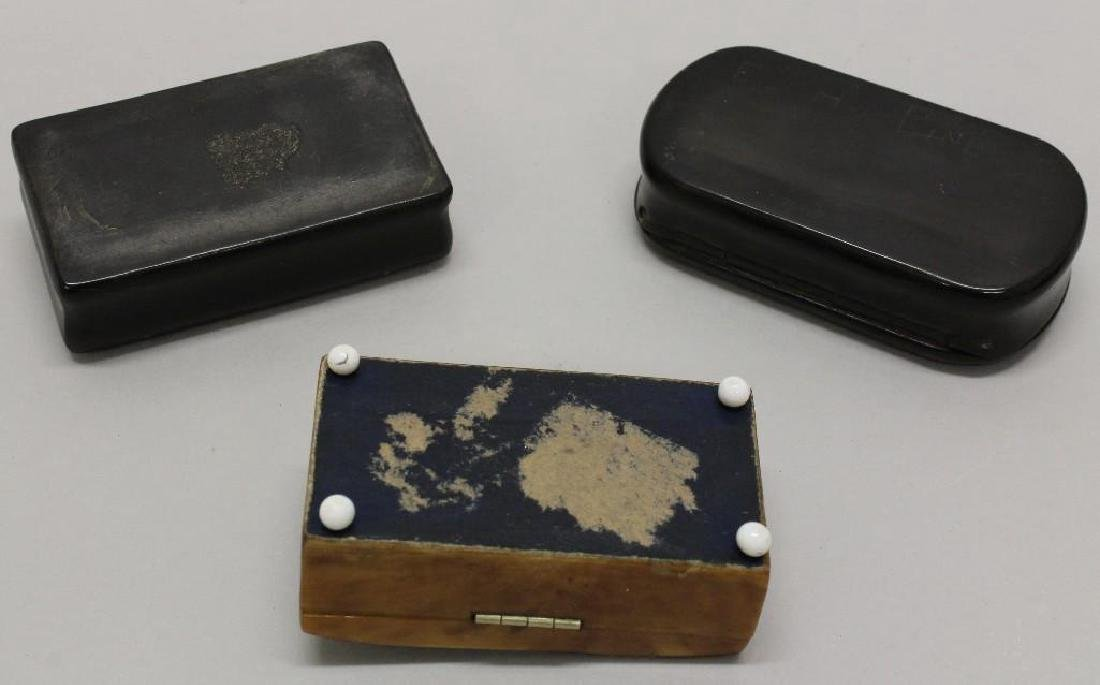 Lot of 3 Snuff Boxes - 3