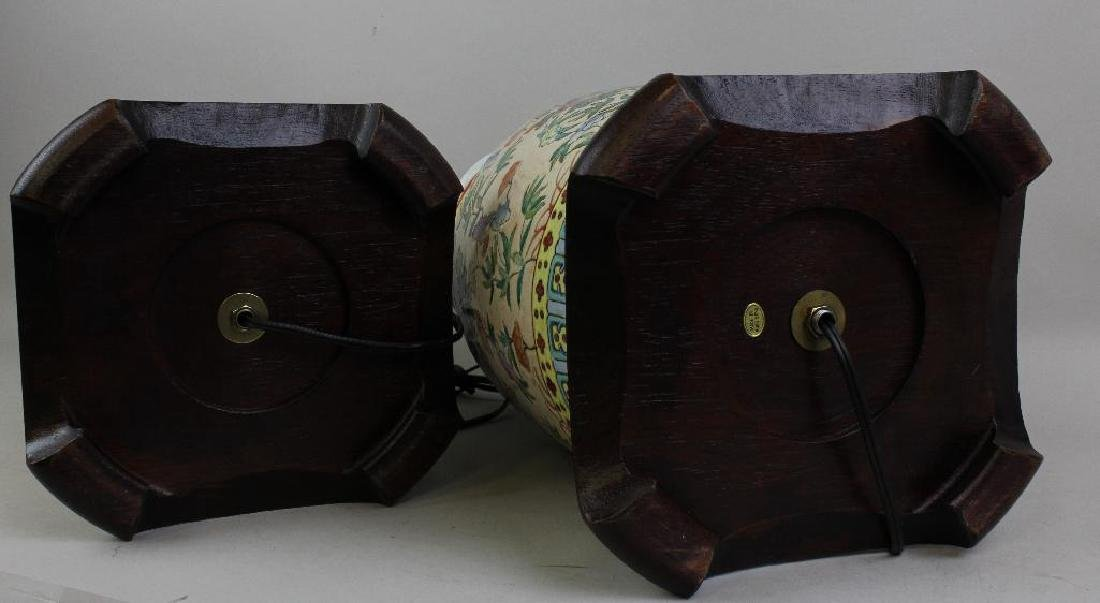 Pair of Chinese Export Lamps - 9