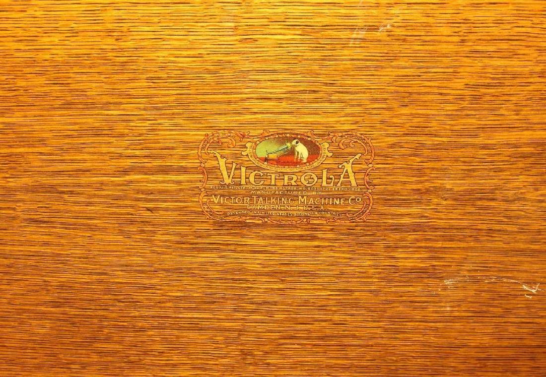 Victor Talking Machine Victrola - 6