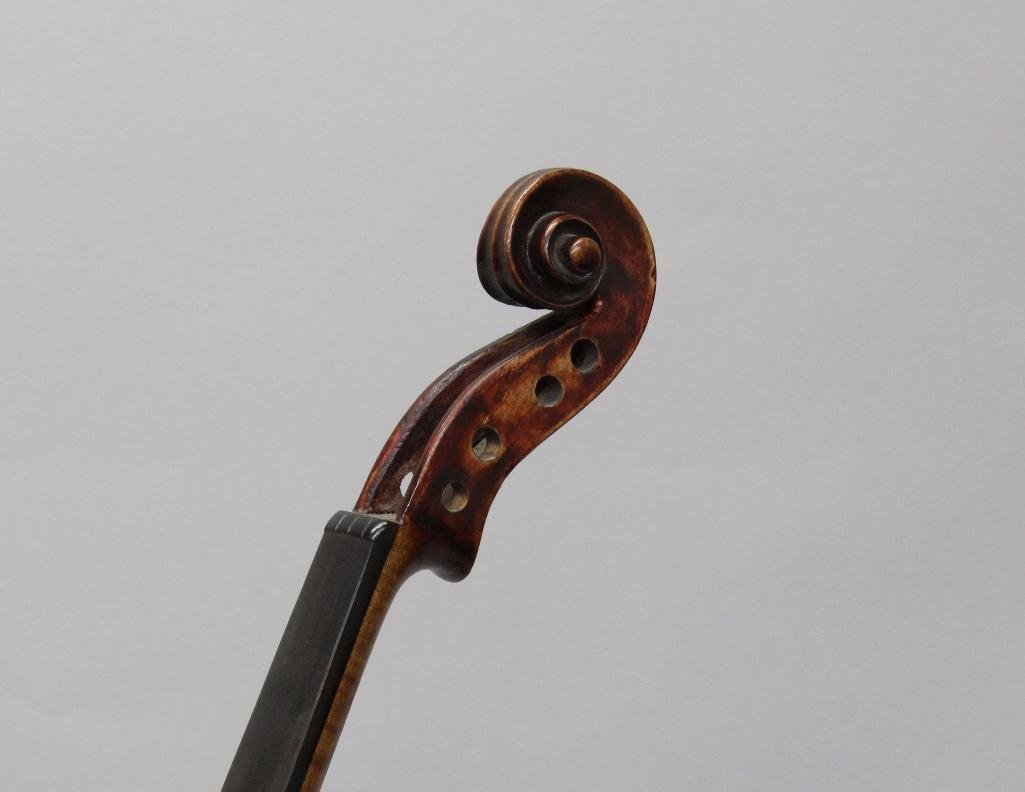 Lauten and Geigenmacher Saxon Violin - 5