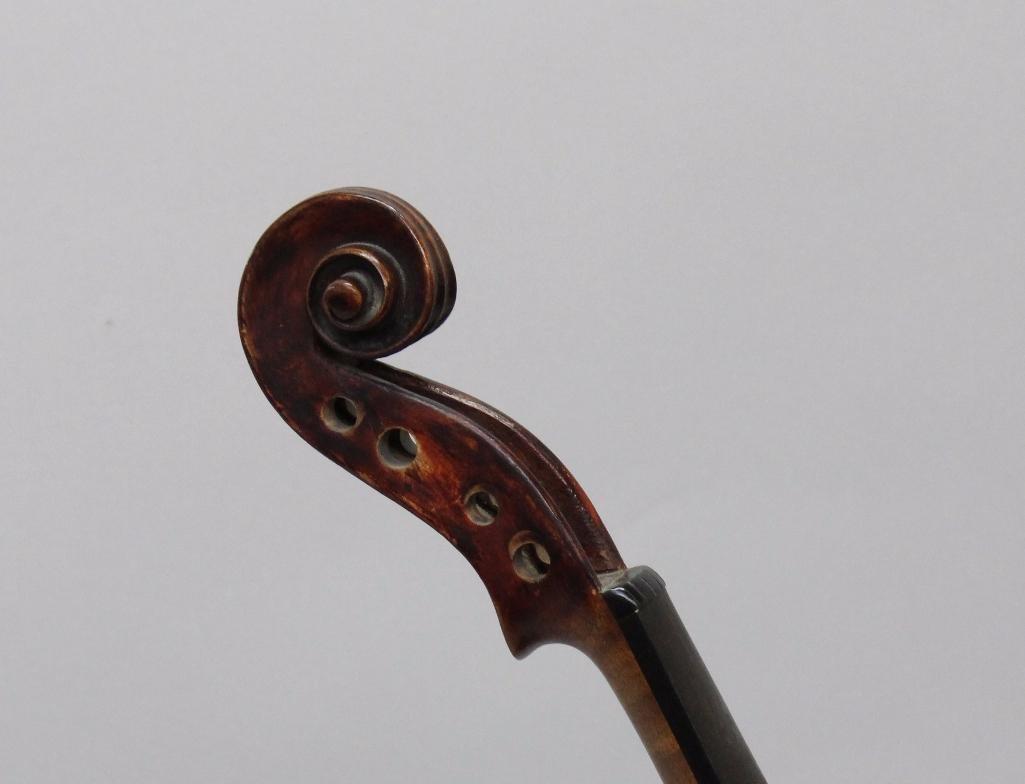 Lauten and Geigenmacher Saxon Violin - 6