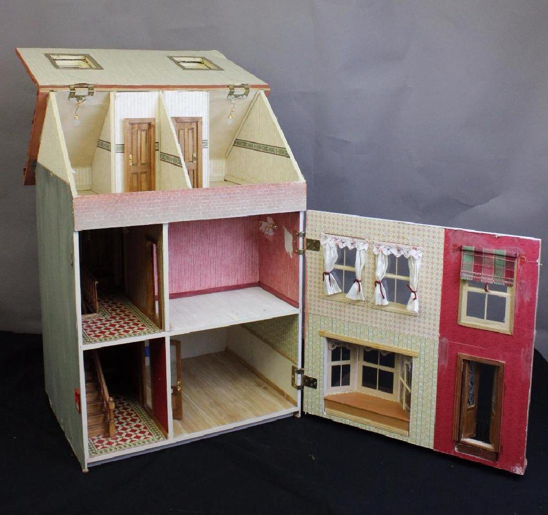 The Rose & Crown Inn Dollhouse - 3