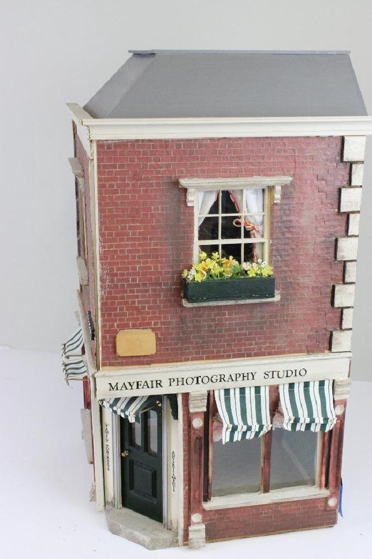 Mayfair Photography Studio & Apt Dollhouse - 2