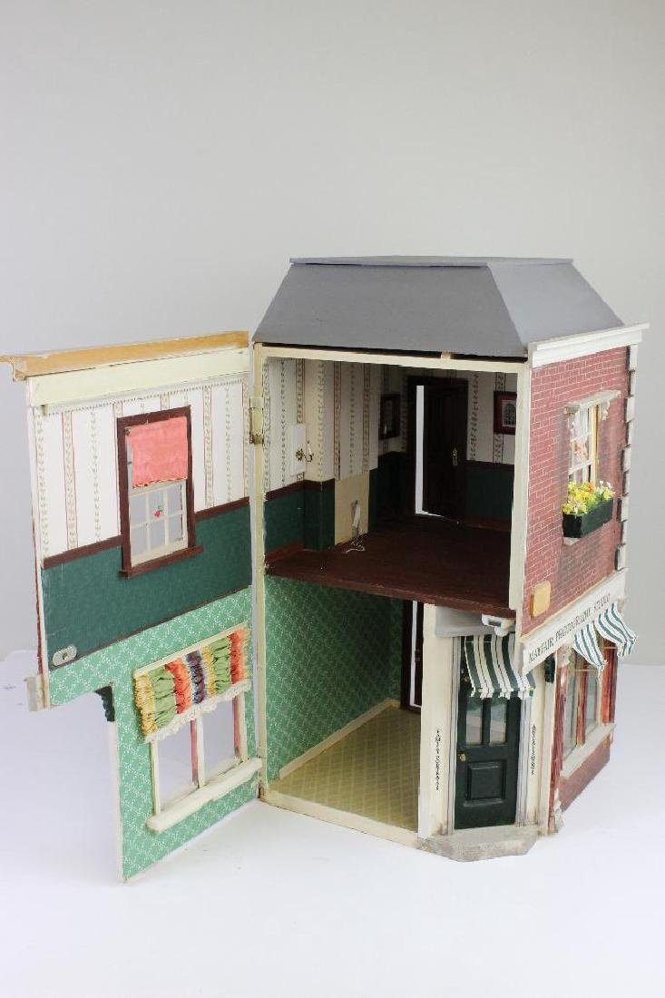 Mayfair Photography Studio & Apt Dollhouse - 5