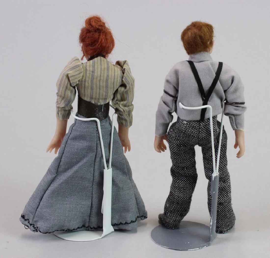 Typist and Art Director Dolls - 2