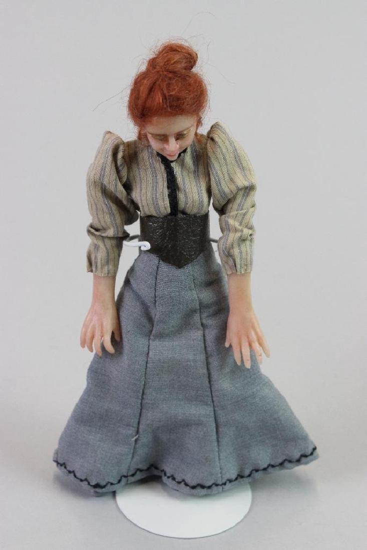 Typist and Art Director Dolls - 4
