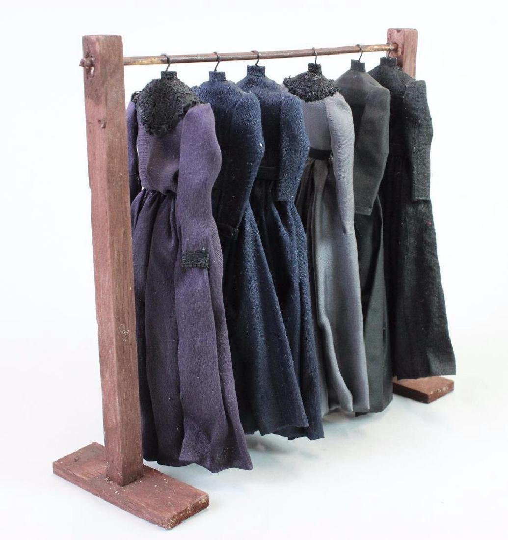 Mourning dresses, dress stand and Mannequin - 3