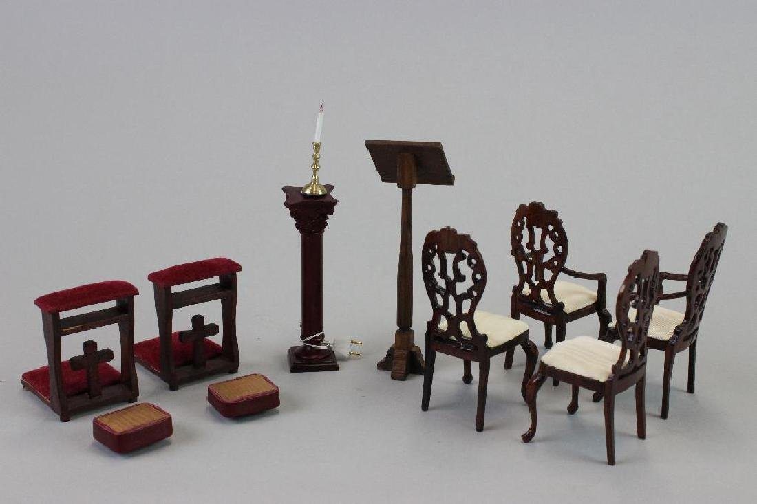 Prie deux; chairs, kneeling pads; lectern; and Pedestal - 2