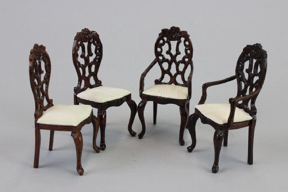 Prie deux; chairs, kneeling pads; lectern; and Pedestal - 5