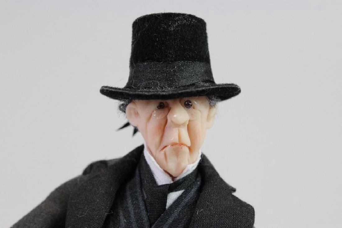 Official Mourner Older man top hat - 2