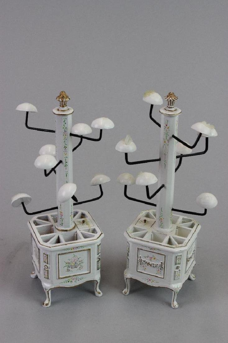 2 hat shop vanities and stools/hats hat stands - 2