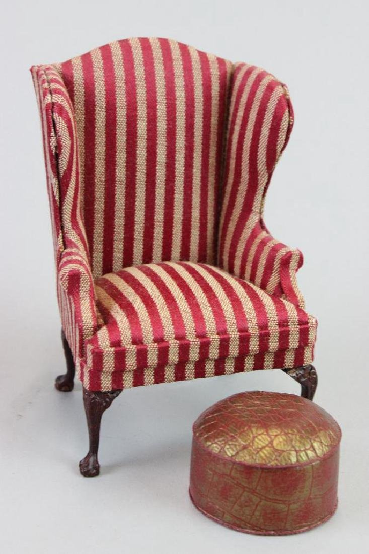Bed, fireplace ladies hats and Wing chair stool Bespaq - 4