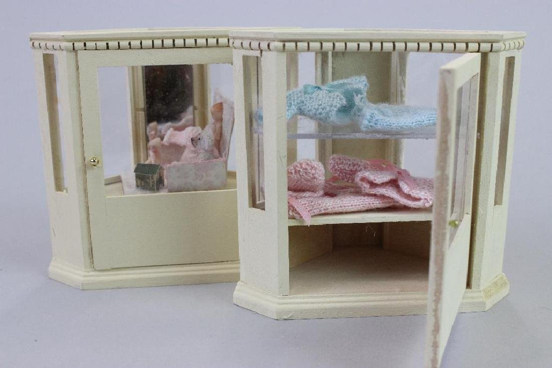 Corner & Display cases, painted bibs, knitted items - 4