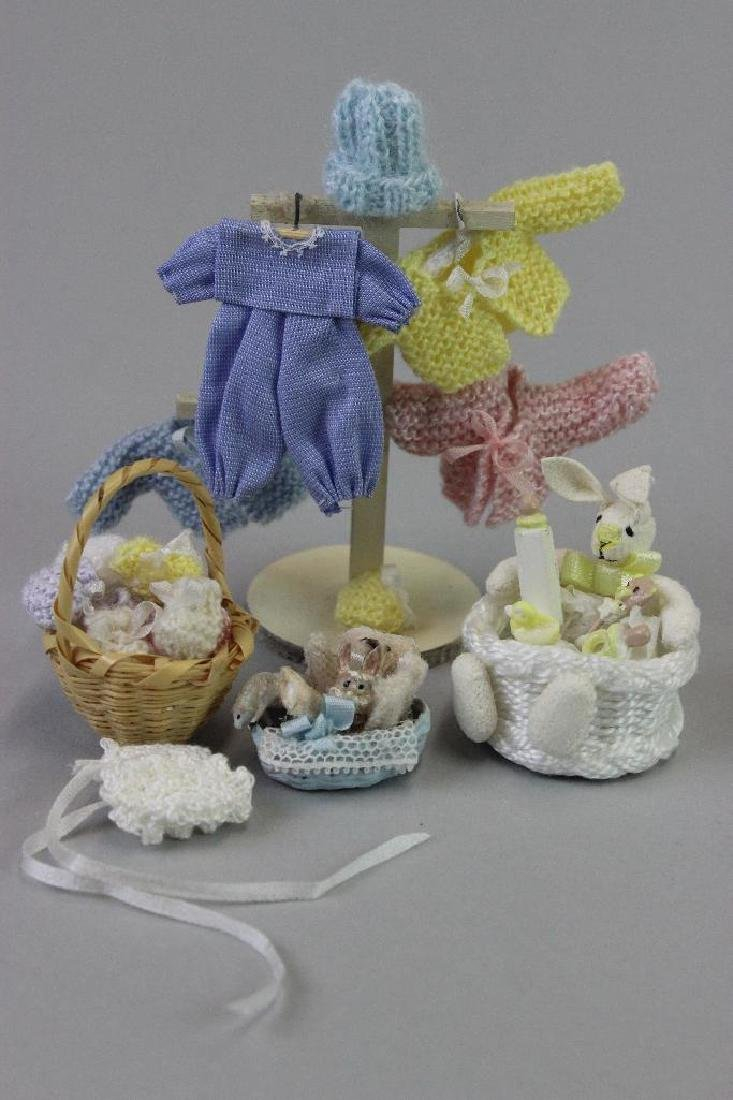 Display stand for window, clothes, knitted items, box