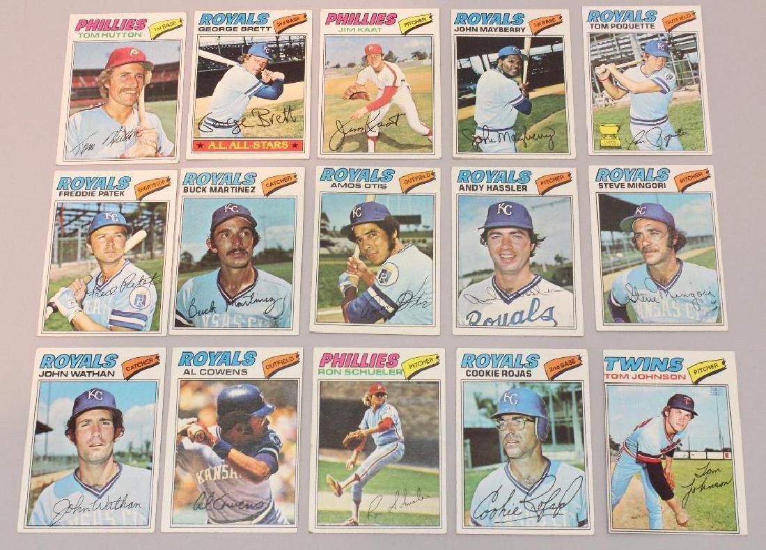BASEBALL CARDS 1977 - TOPPS