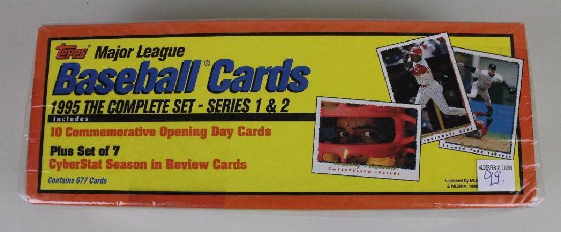 BASEBALL CARDS 1995 LOT