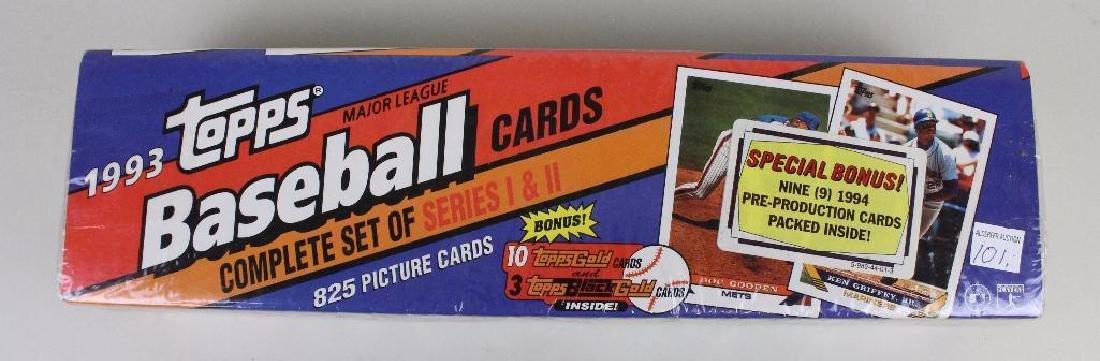 BASEBALL CARDS 1993 LOT