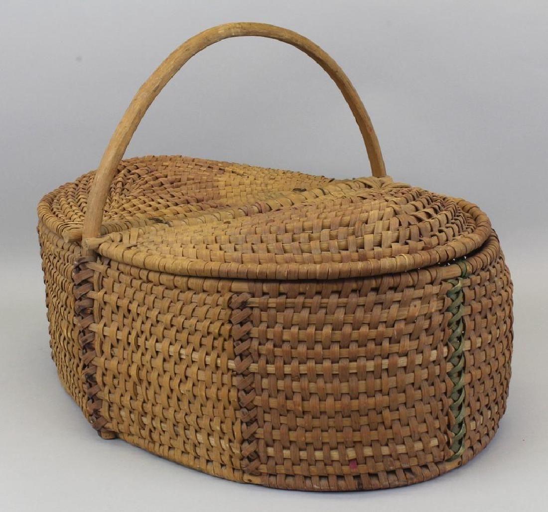 New England, Tri-Color, Double Hinge Lid Basket