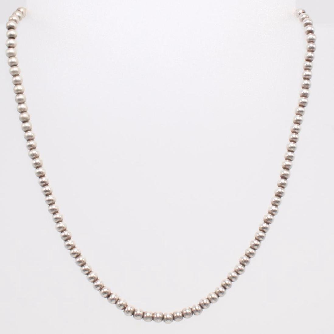 NECKLACE. BEAD. STERLING SILVER