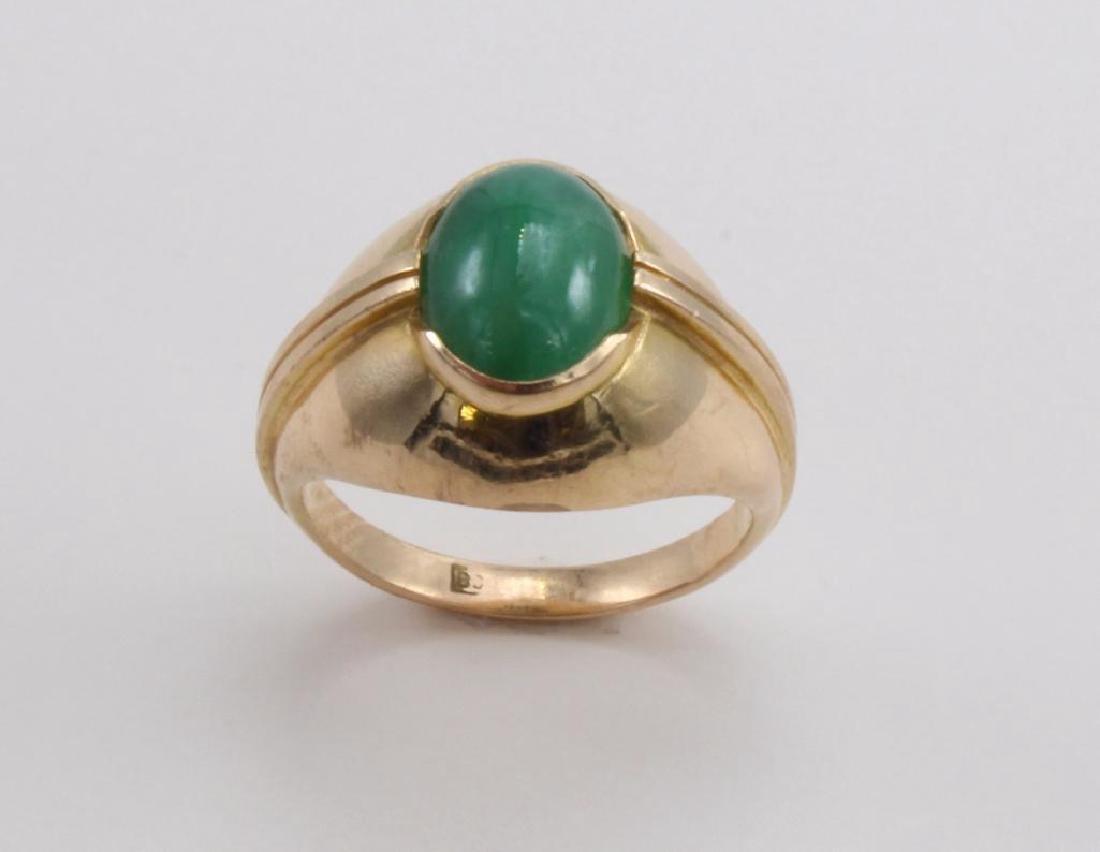 RING. GREEN JADE. 18K YELLOW GOLD - 2