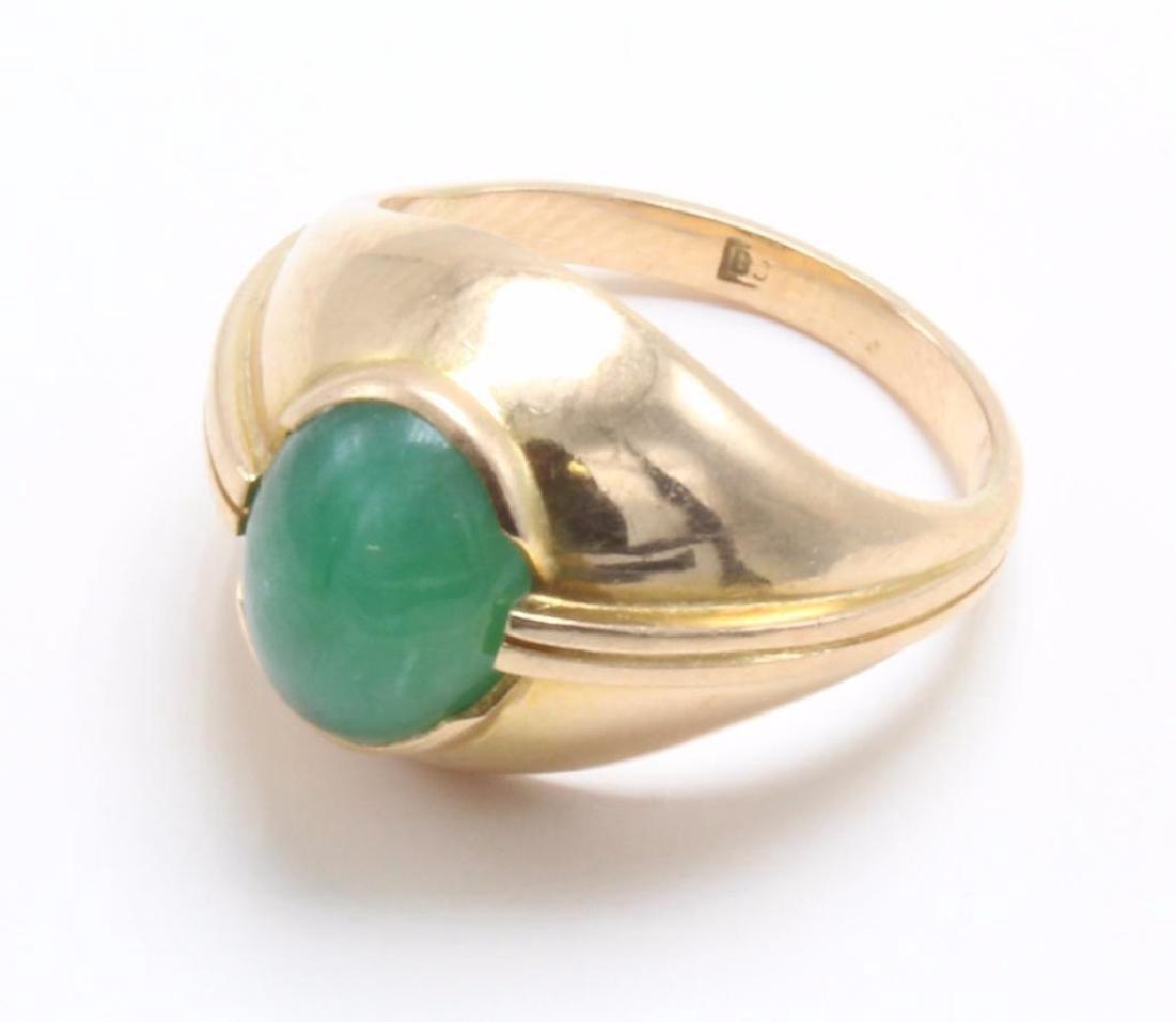 RING. GREEN JADE. 18K YELLOW GOLD - 3