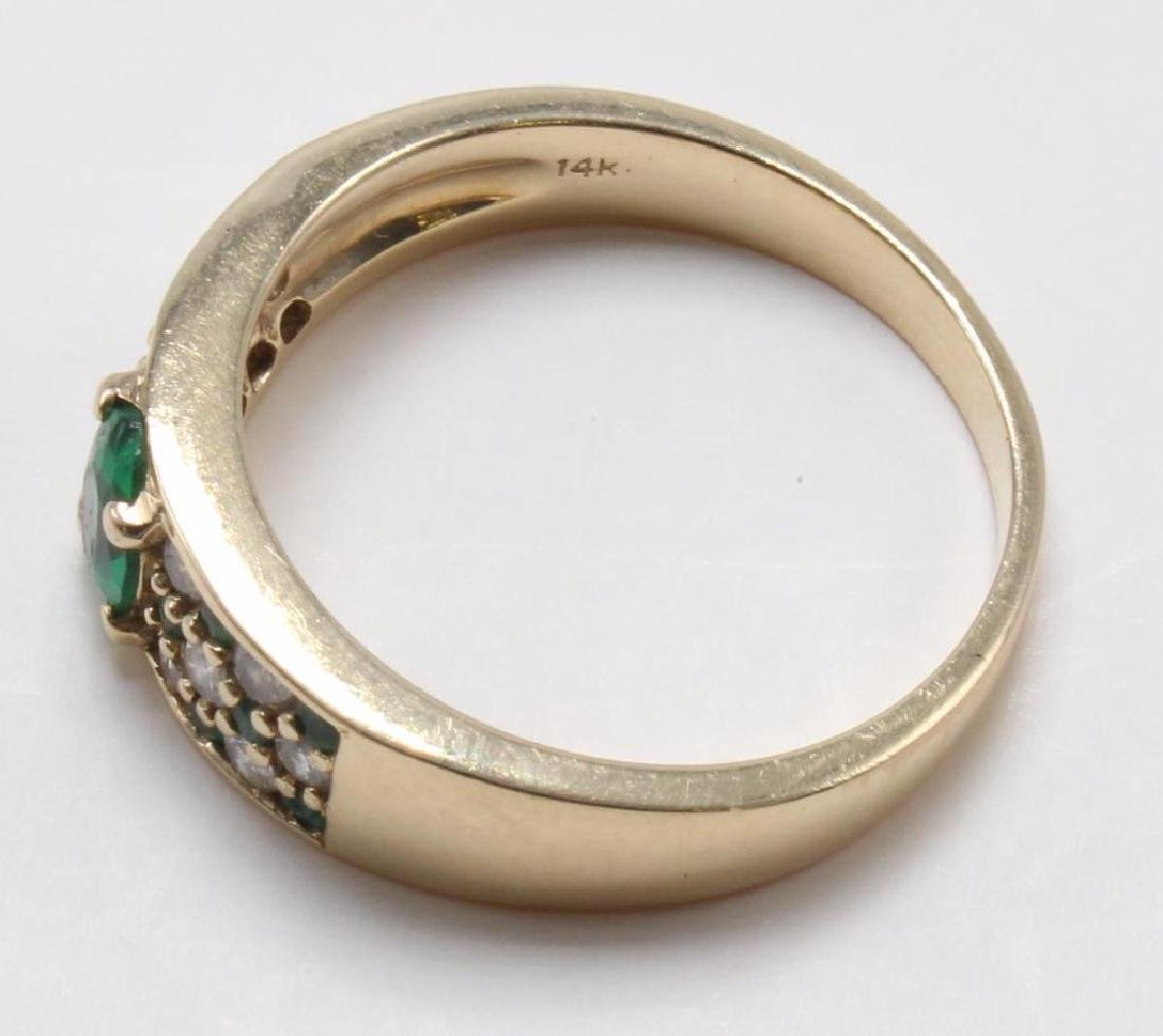 RING. EMERALD AND DIAMOND. 14K YELLOW GOLD - 4