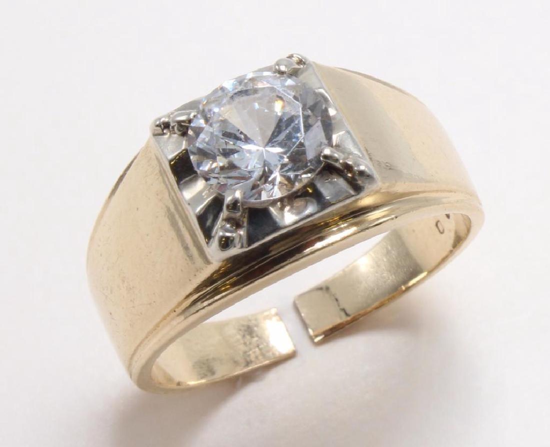 RING. WHITE TOPAZ. 14K YELLOW GOLD - 2