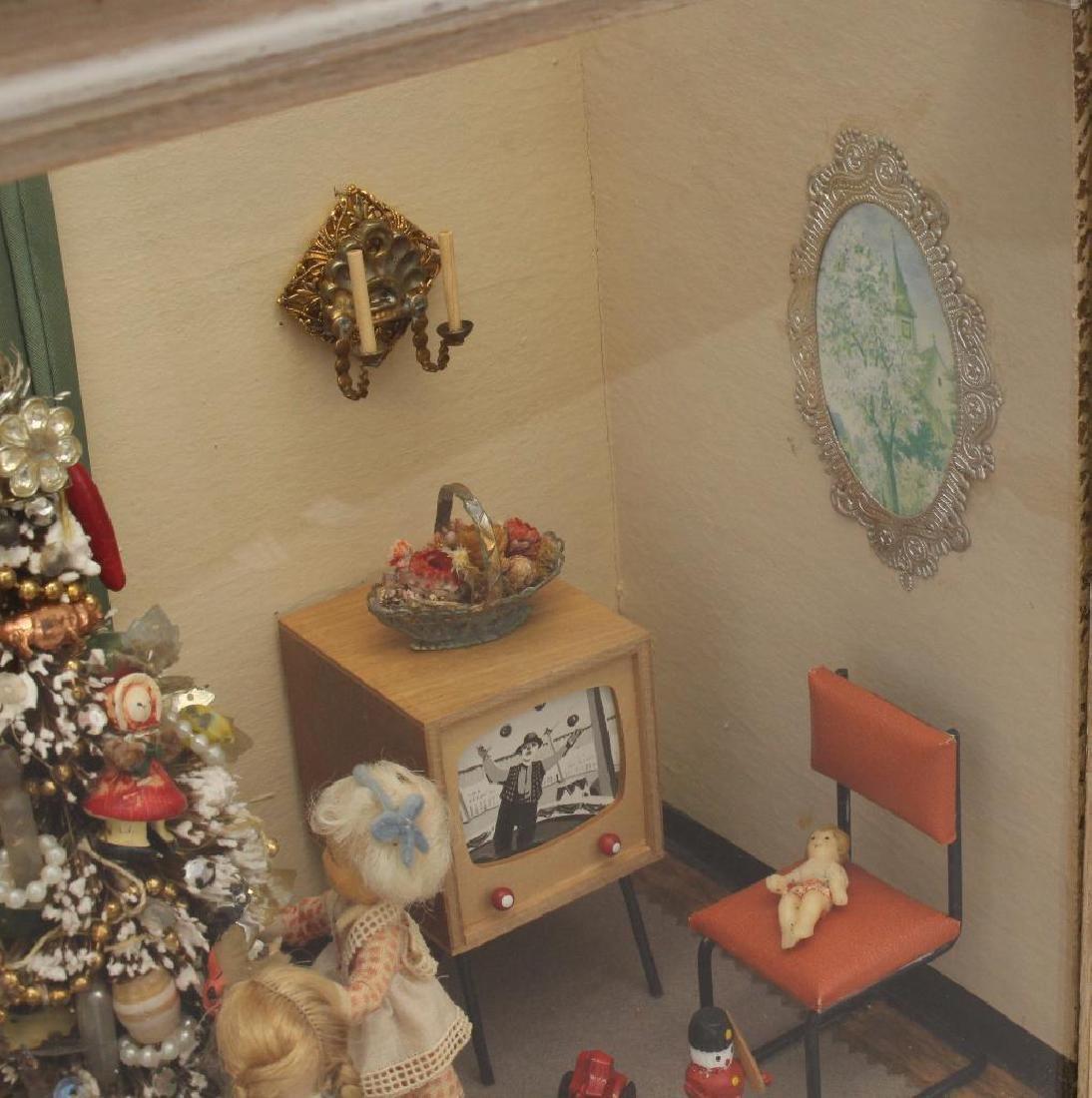 Mid-Century Shadow Box Christmas Display - 4