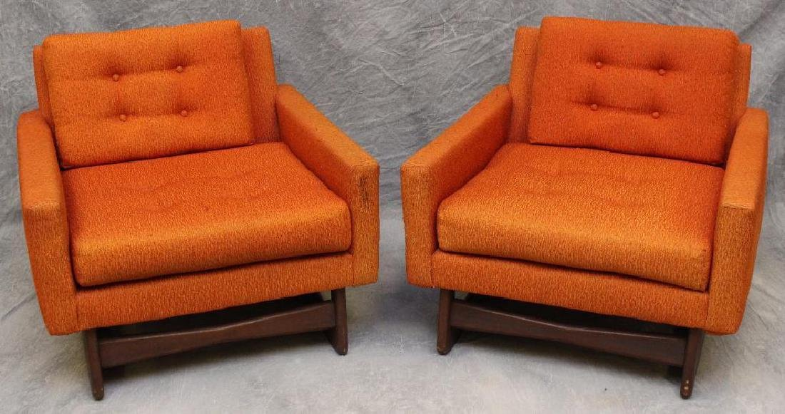 (2) Pair of Carsons Mid-Century Modern Lounge Chairs