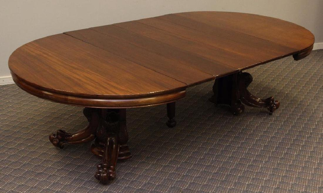 Late Victorian Mahogany Extension Dining Table