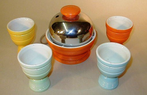 5163: Fiesta Electric Egg Cooker and 4 Egg Cups