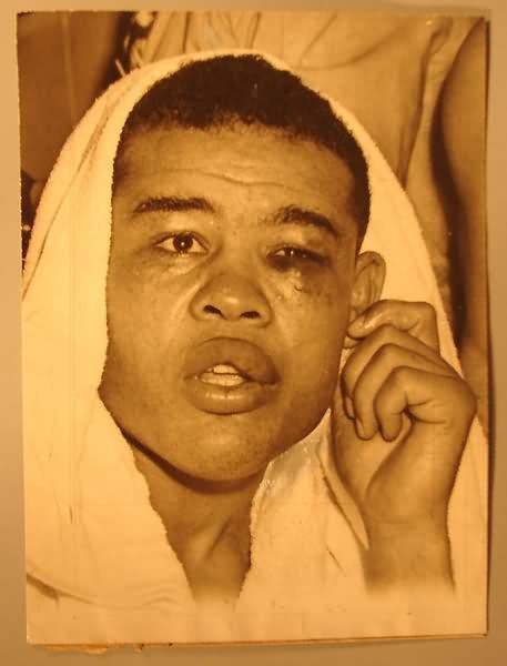 4026: Black Americana - 1947 Joe Louis Boxing Photo