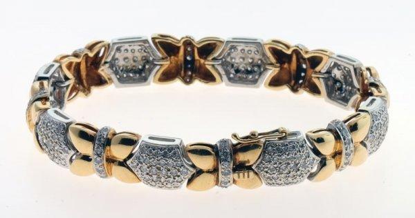 2003: Diamond bracelet.