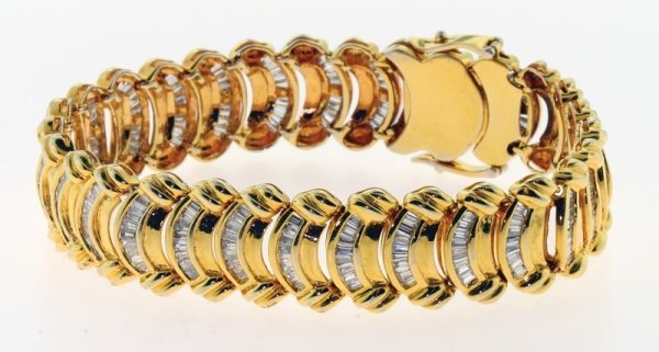 2024: Diamond bracelet.