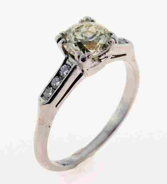 2249: Diamond ring.