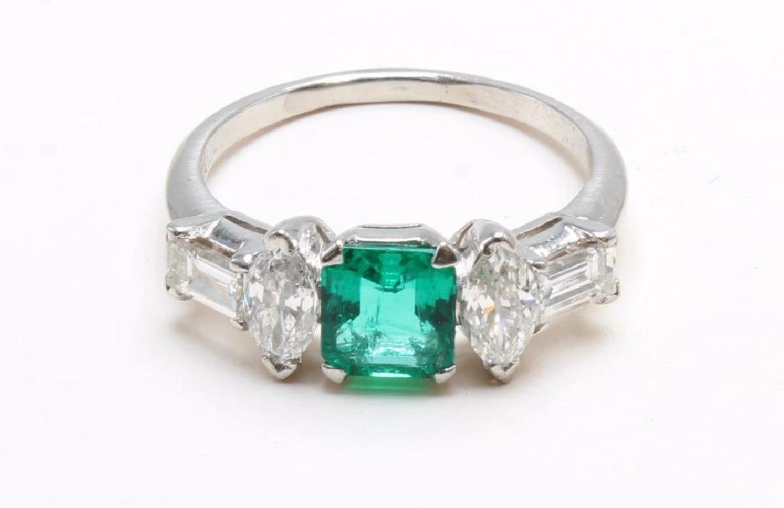 Platinum Ring with Emerald and Diamonds - 5